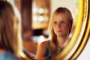 femme miroir culpabilisé