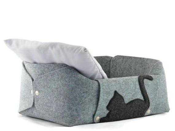 coussin chat nid feutre oreiller