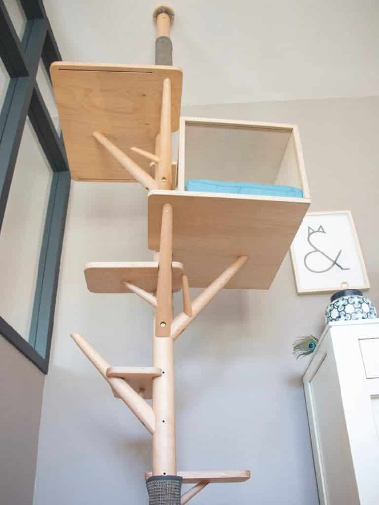 arbre a chat design luxe epure tronc massif