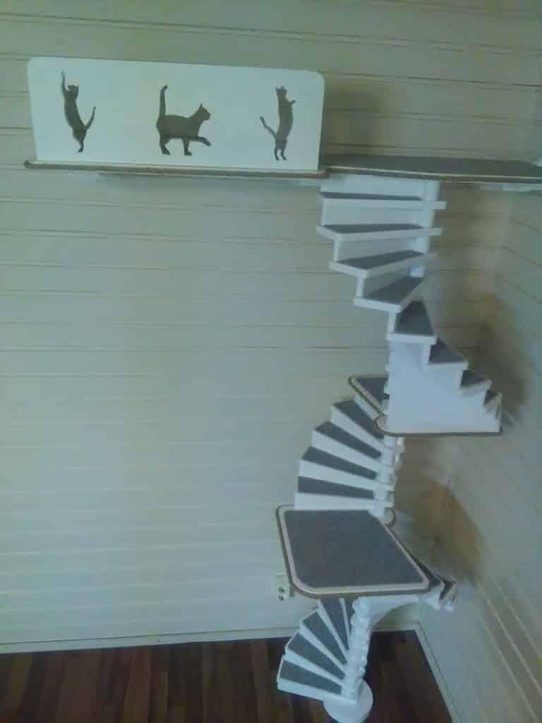 arbre a chat mural design escaliers plateformes